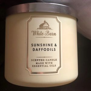 Bath and Body Works Sunshine and Daffodils Candle